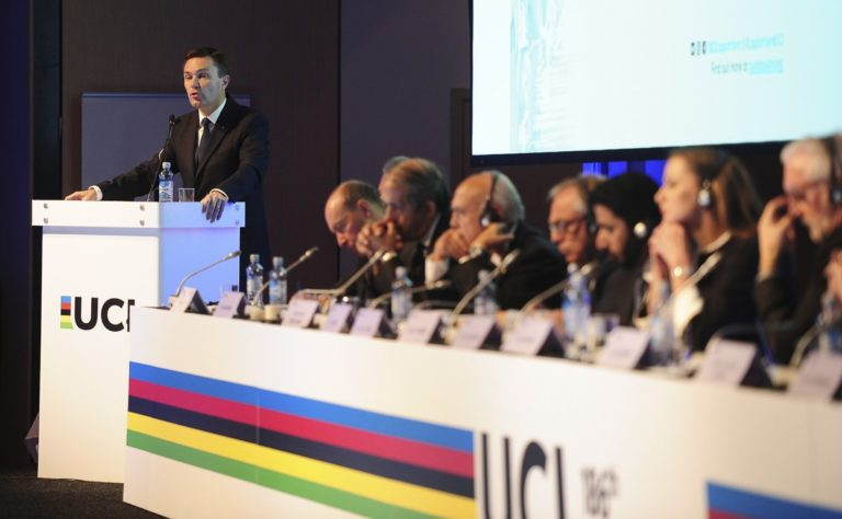 UCI anuncia série de medidas para enfrentar os efeitos do coronavírus no ciclismo e na federação
