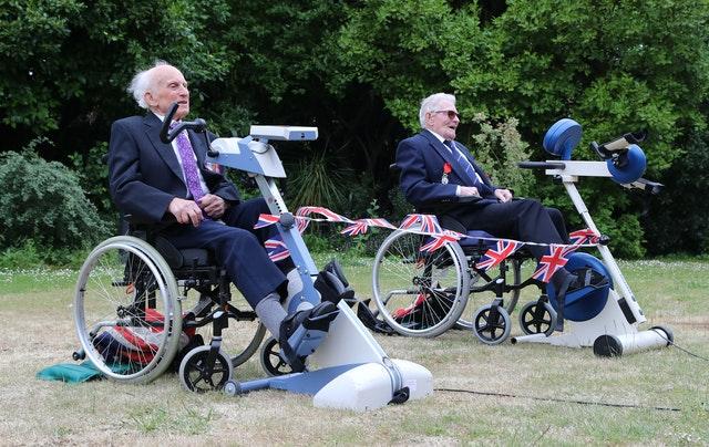 Veteranos de Guerra pedalam 167km para arrecadar doações